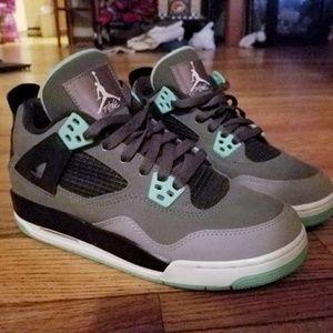 Nike Air Jordan Retro 4 Green Glow 4.5Y